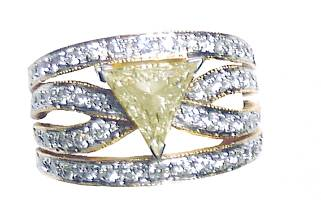 Trillian diamond ring